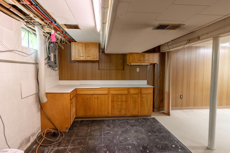 2661 Linden St - LL Rec Room - 37