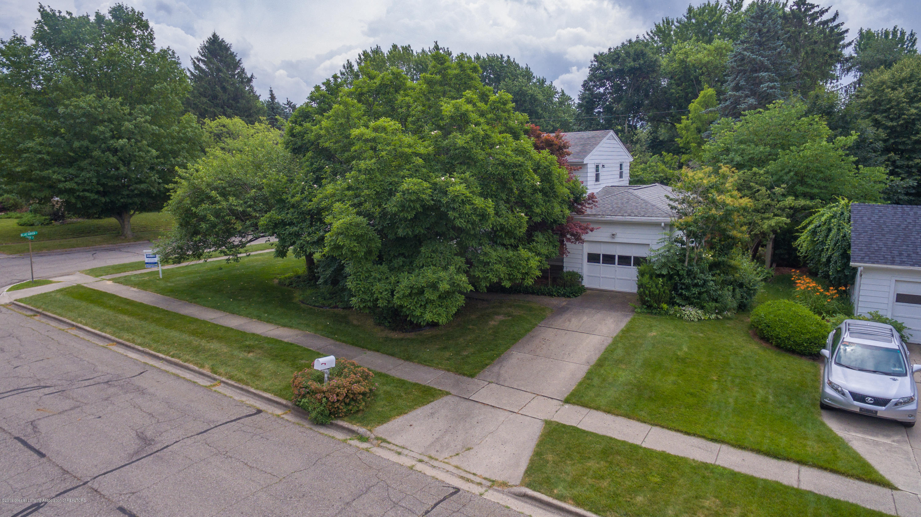 2661 Linden St - Aerial View - 43