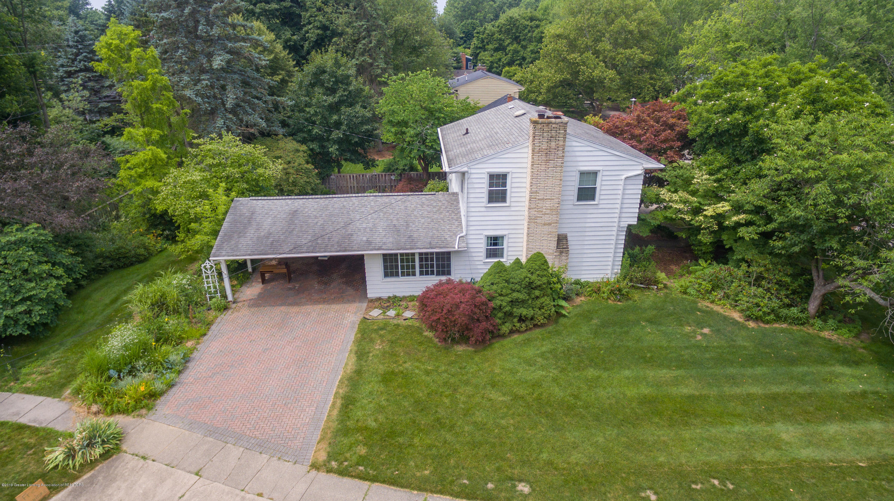 2661 Linden St - Aerial View - 44