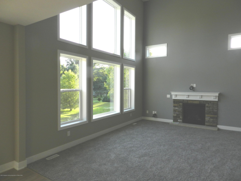 1579 Wellman Rd - Living Room - 3