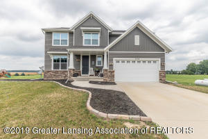 1114 Stone Oak Lane, Grand Ledge, MI 48837