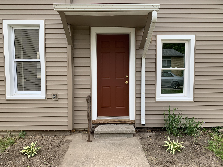 815 E Shiawassee St - 815 Shiawassee Side Door - 3