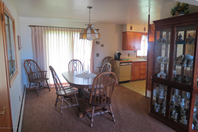 229 W Elm St - Dining Room - 4