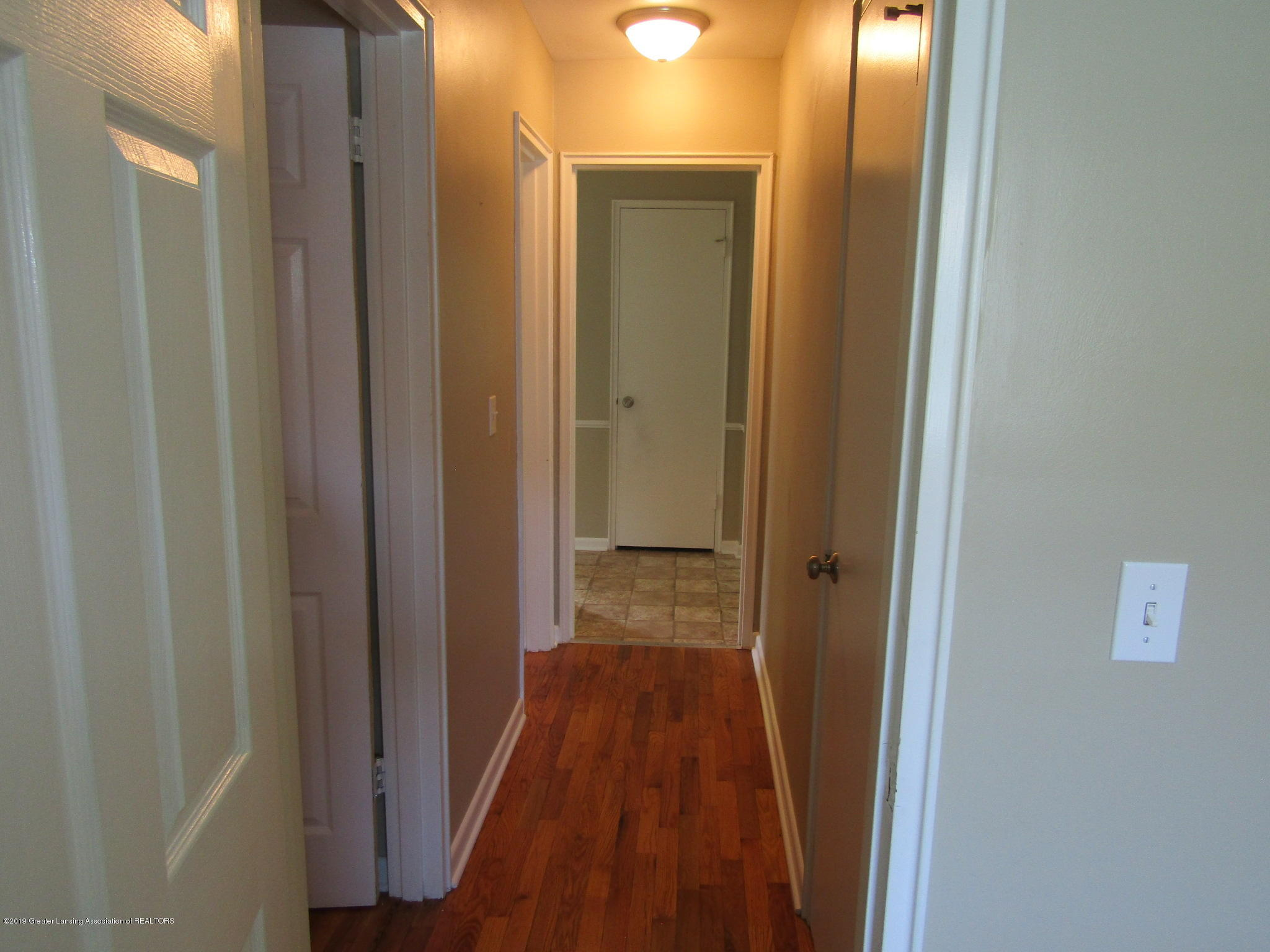 116 Western Ave - Halway - 22