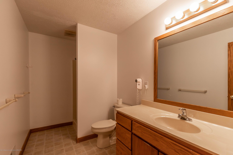 5170 Beaumaris Cir - Lower level- bathroom 3 - 27