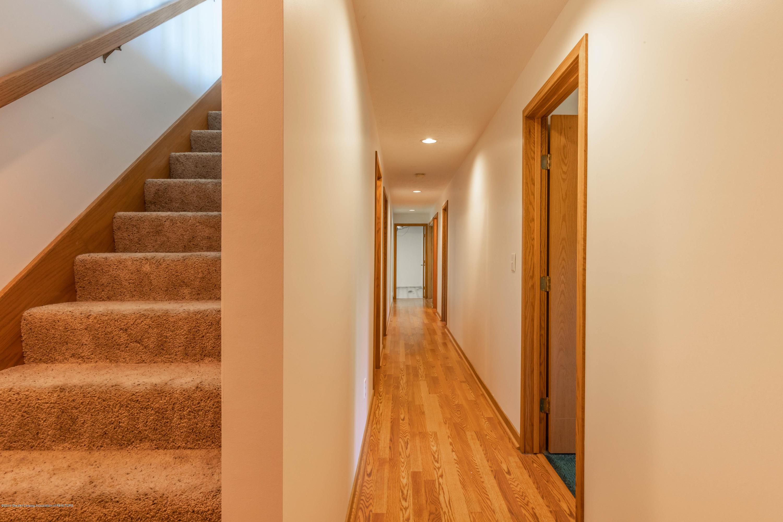 5170 Beaumaris Cir - Hallway - 21
