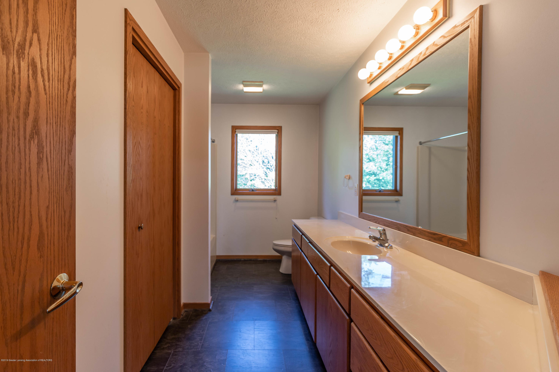 5170 Beaumaris Cir - Bathroom 2 - 19