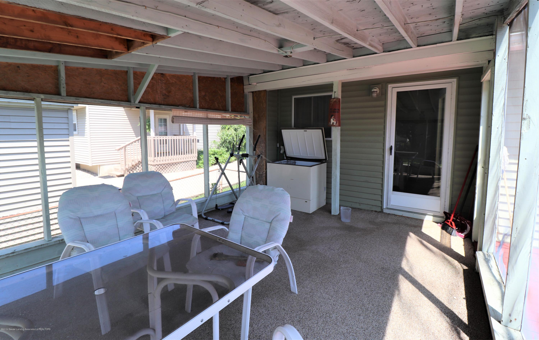 757 Bonnie St - Screen Porch b - 14