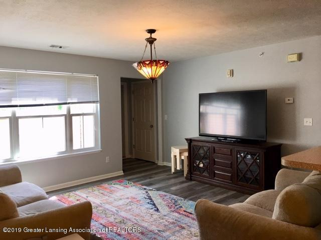 12907 Townsend Dr APT 111 - Living Room - 5