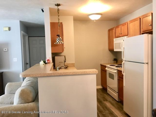 12907 Townsend Dr APT 111 - Kitchen - 3