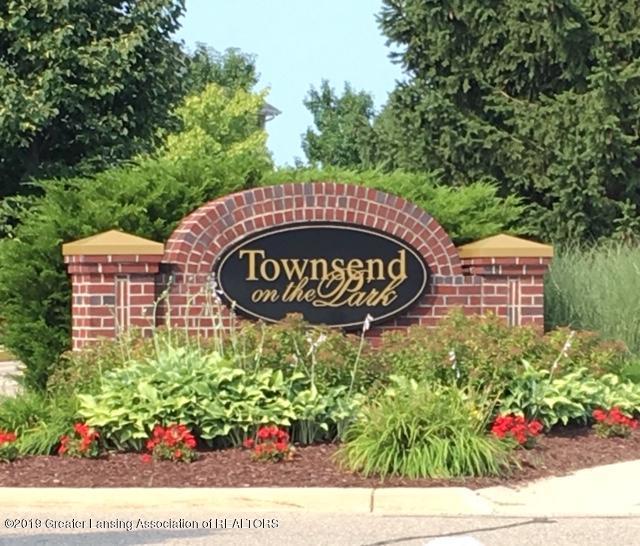 12907 Townsend Dr APT 111 - IMG_9886 (3) - 16