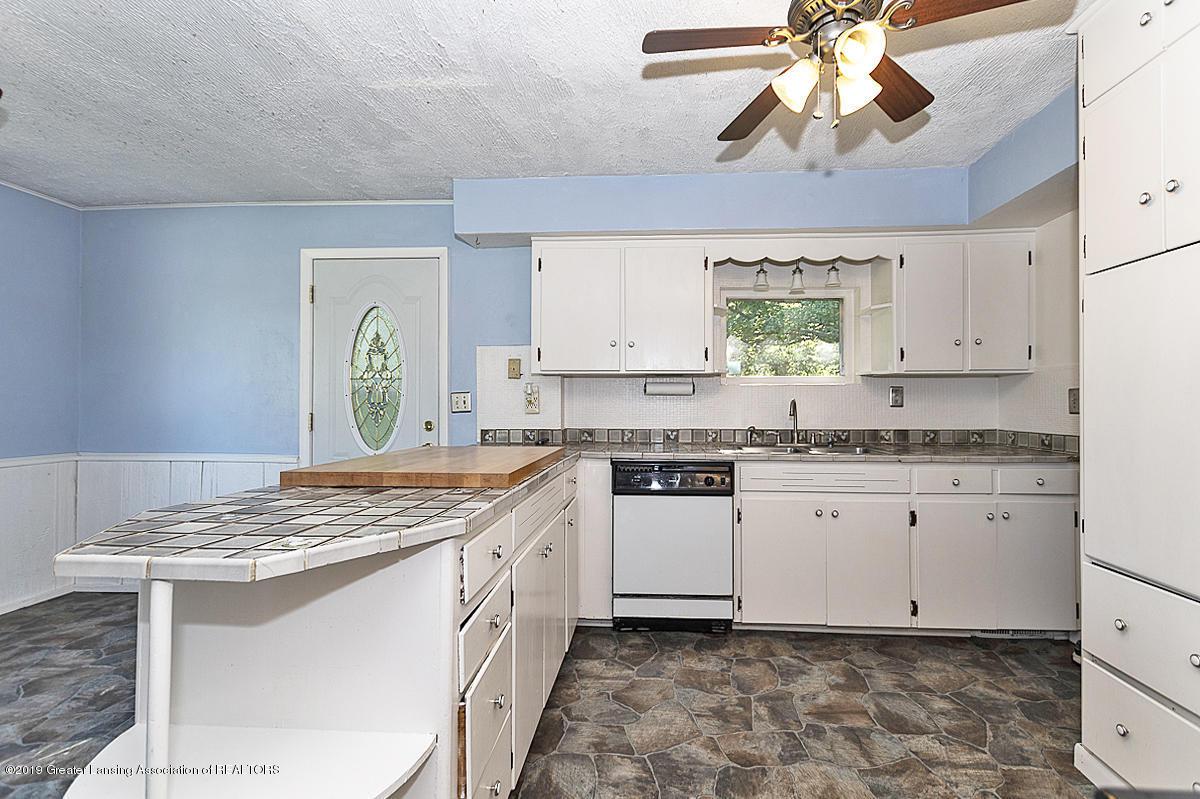 6795 W St Joseph Hwy - Kitchen - 7