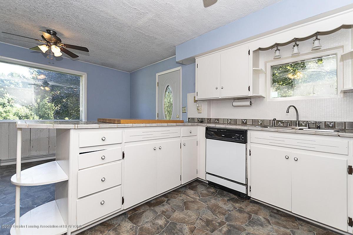 6795 W St Joseph Hwy - Kitchen - 8