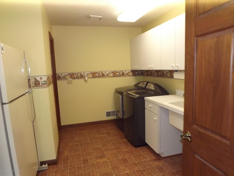 2790 12 Oaks Dr - 17 Laundry - 17