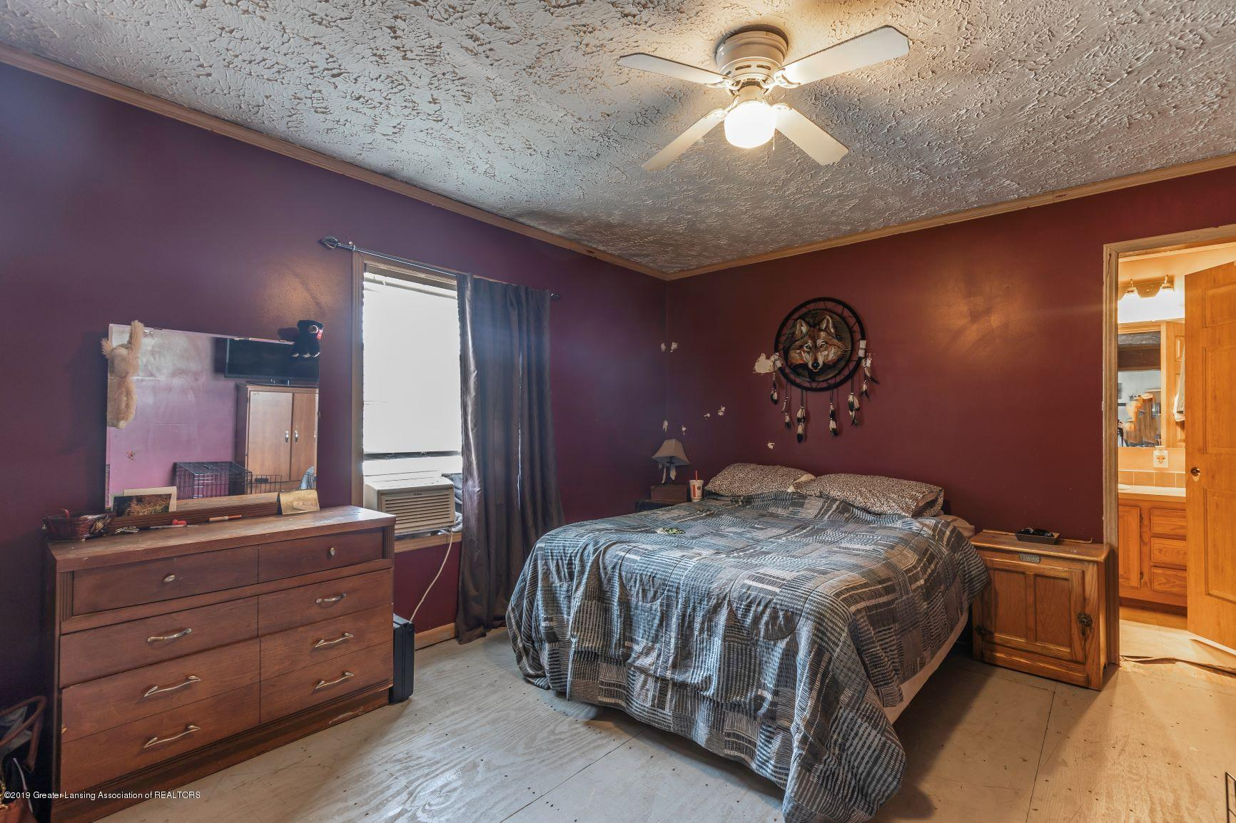 264 S College Rd - collegebed33 - 25