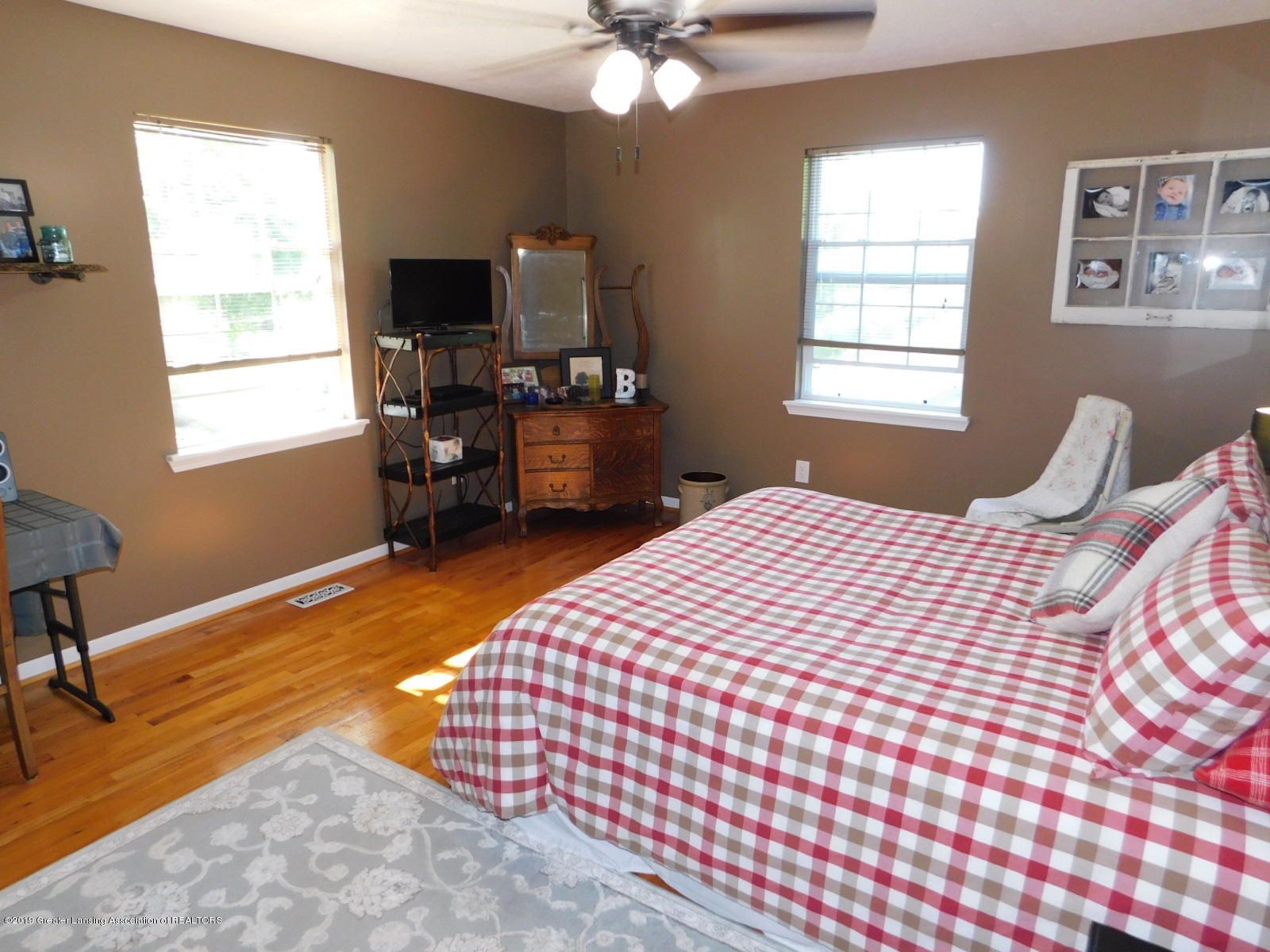 4998 State Rd - bed 2 - 29
