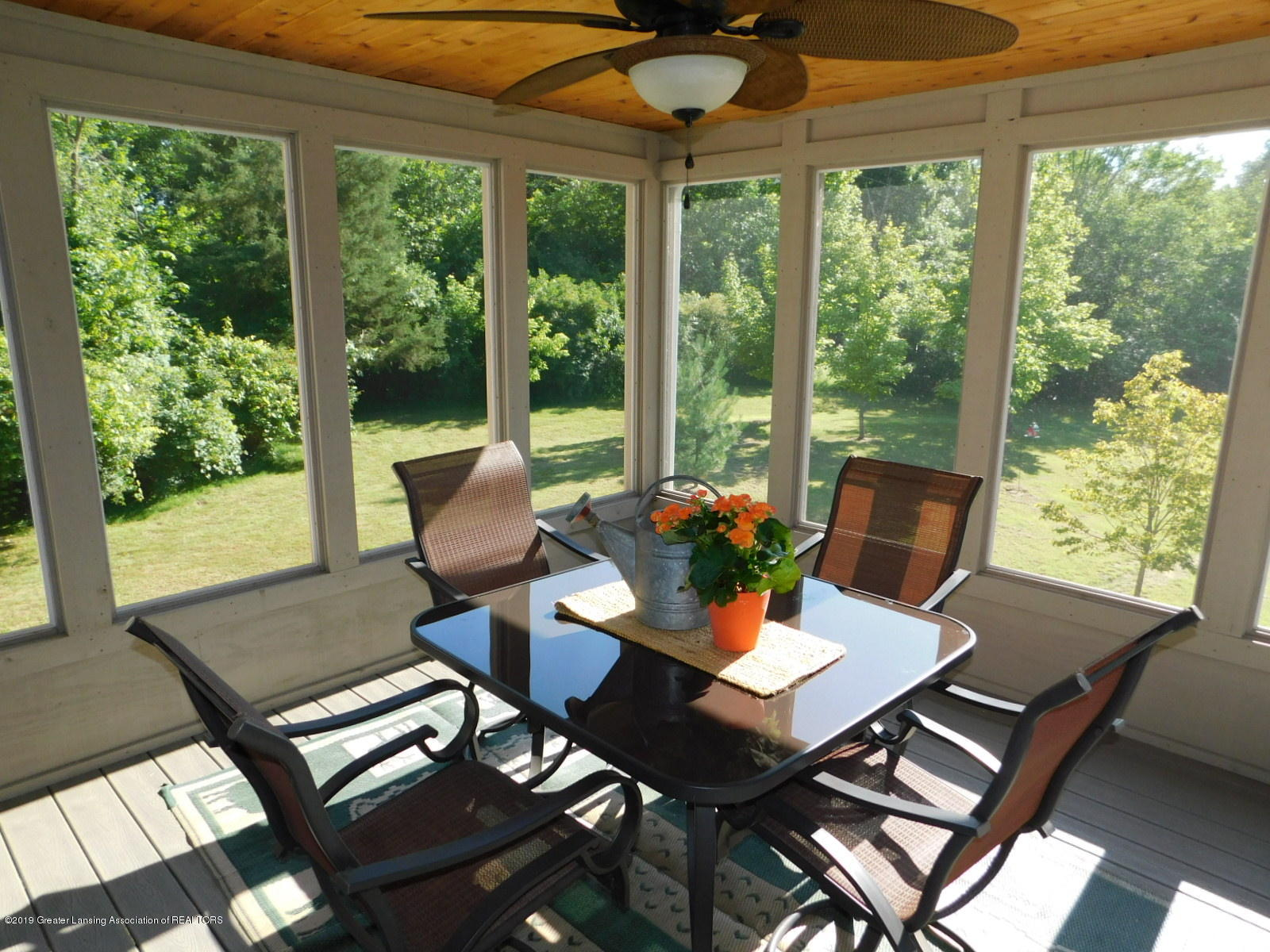 4998 State Rd - screen porch - 16