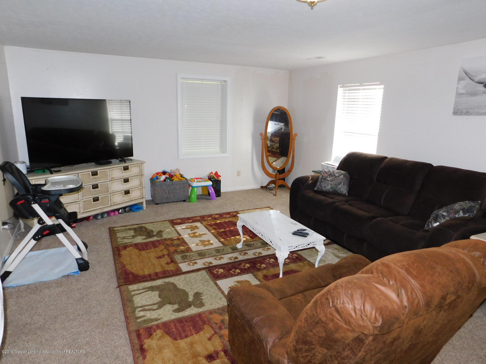 4998 State Rd - Family room - 33