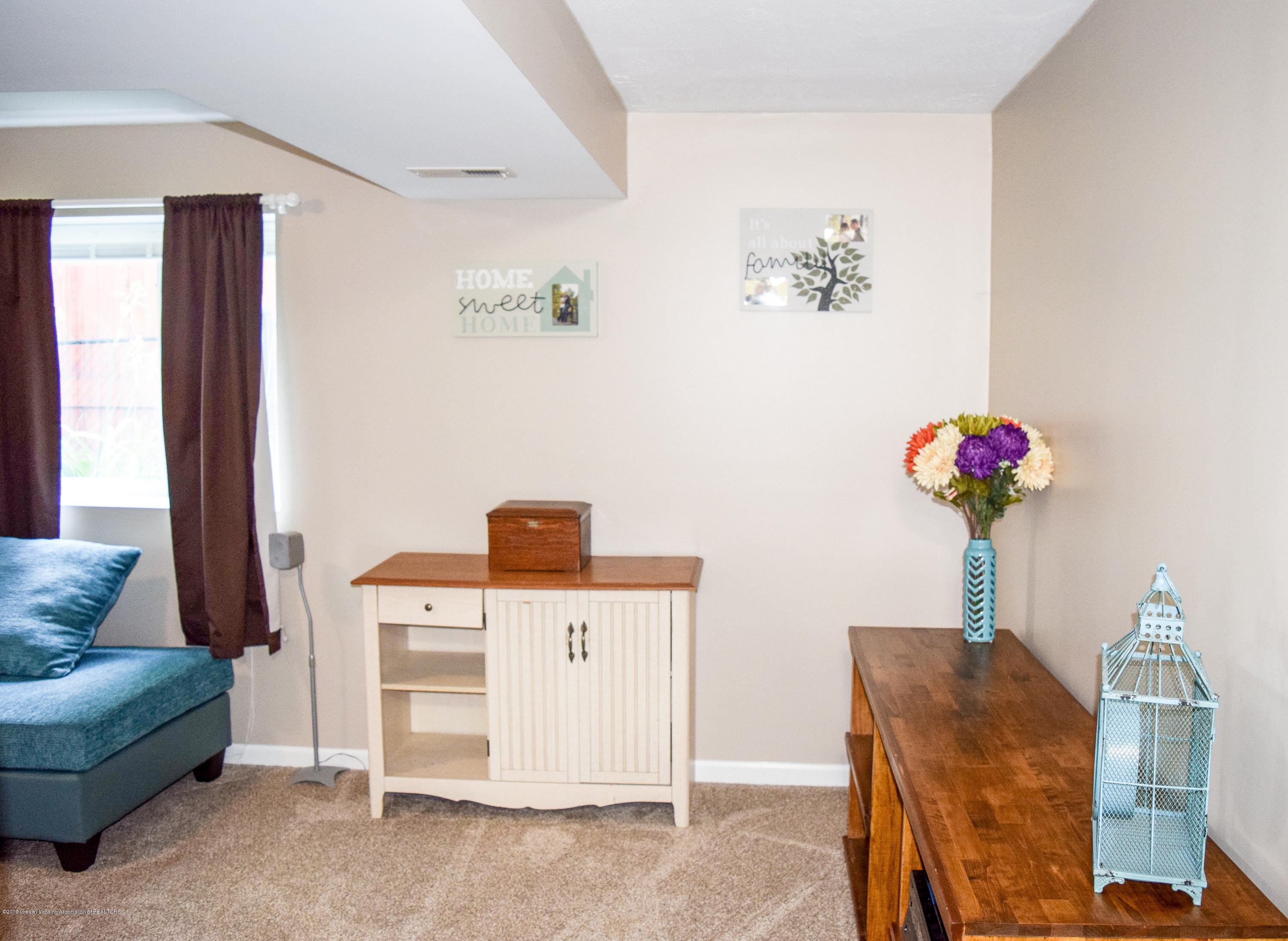 13849 Mead Creek Rd - Family Room - 24
