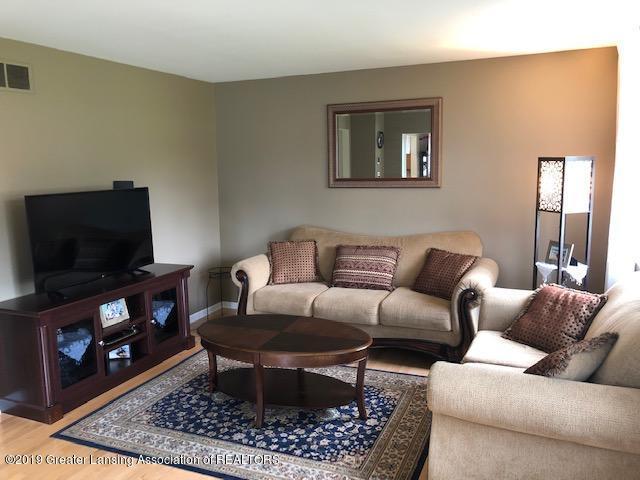 6351 Towar Ave - Living Room - 4