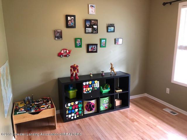 6351 Towar Ave - Office/Playroom - 15