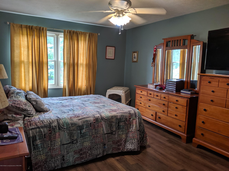 13605 Honeylocust Dr - master bedroom - 7