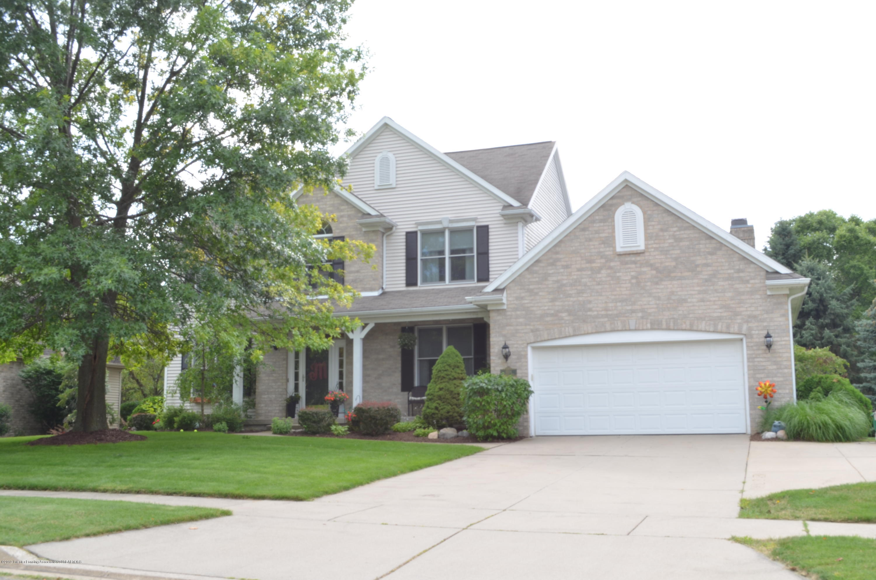 4554 Spicewood Dr N - Front View - 1