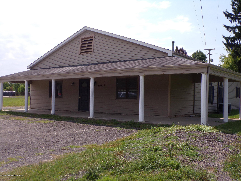 11021 W Grand River Ave - 100_2095 - 1