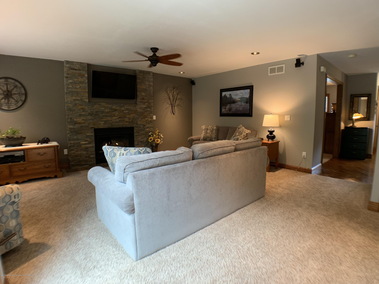 13271 Blackwood Dr - Living Room - 11