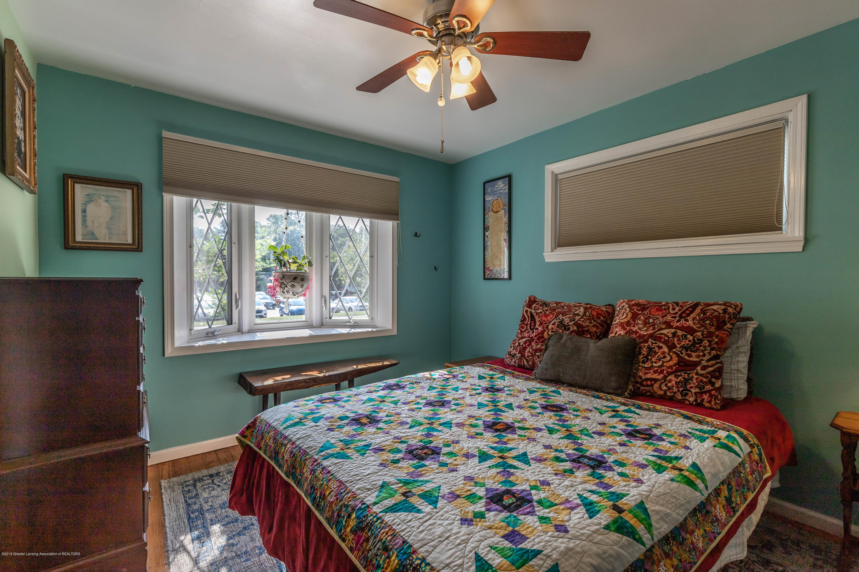 426 Allen St - Master Bedroom - 17