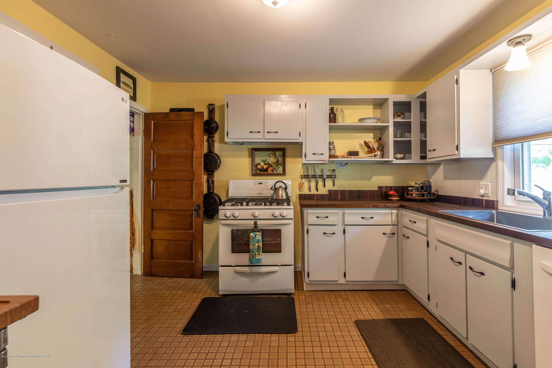 426 Allen St - Kitchen - 9