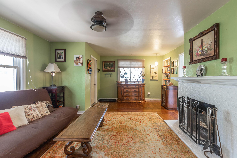 426 Allen St - Living Room - 5