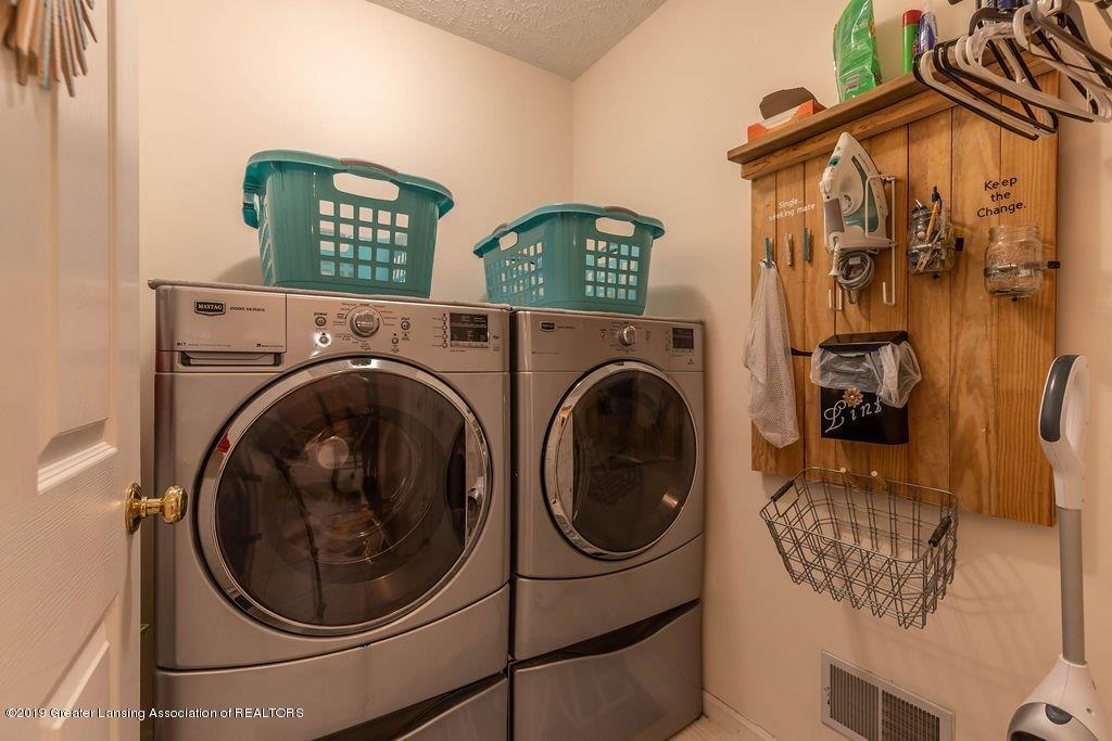 5151 Killarney Dr - killarneylaundry(1of1) - 20