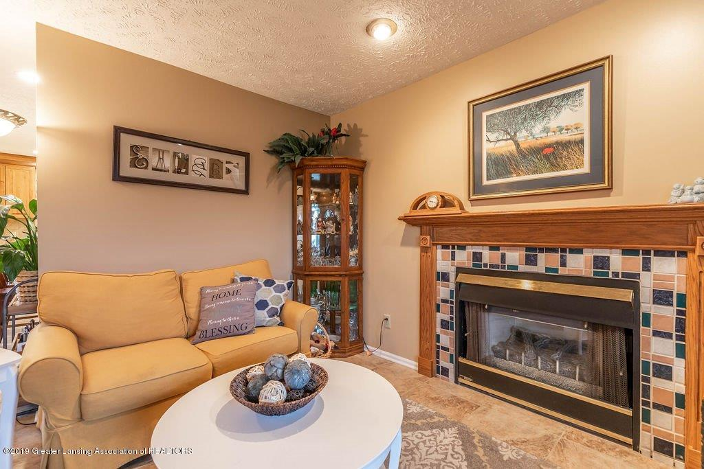 5151 Killarney Dr - killarneyliving5(1of1) - 6