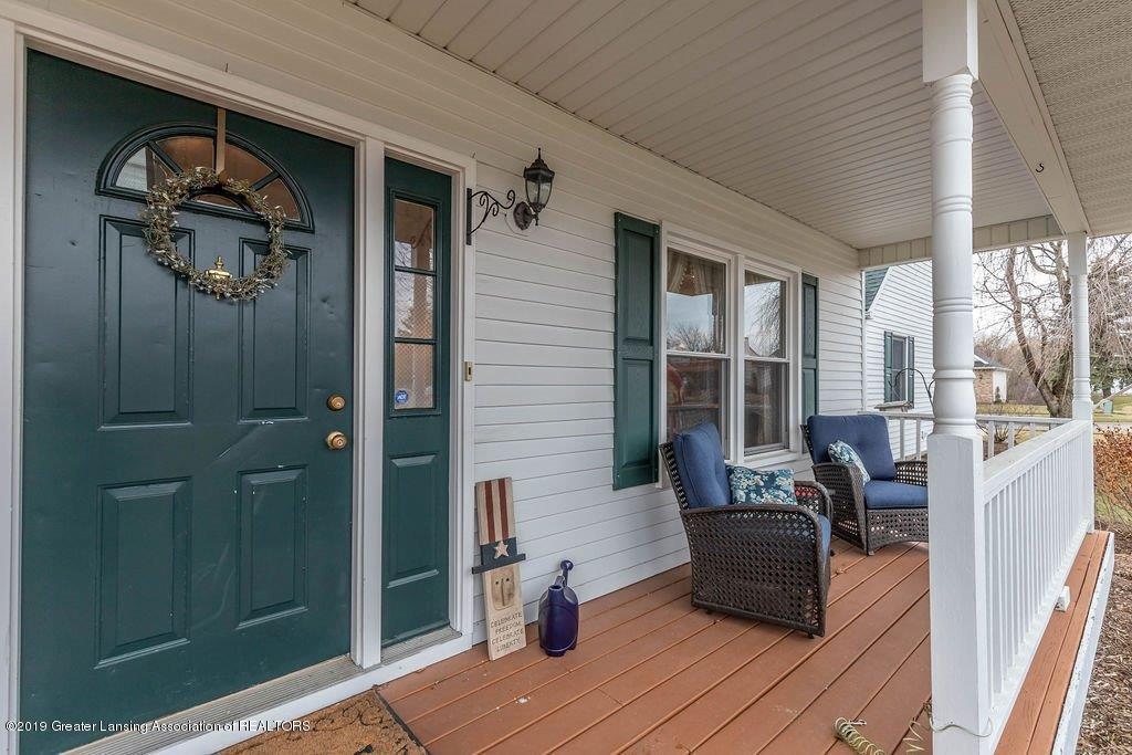 5151 Killarney Dr - killarneyporch(1of1) - 2