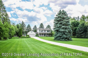 9503 Clark Road, Grand Ledge, MI 48837