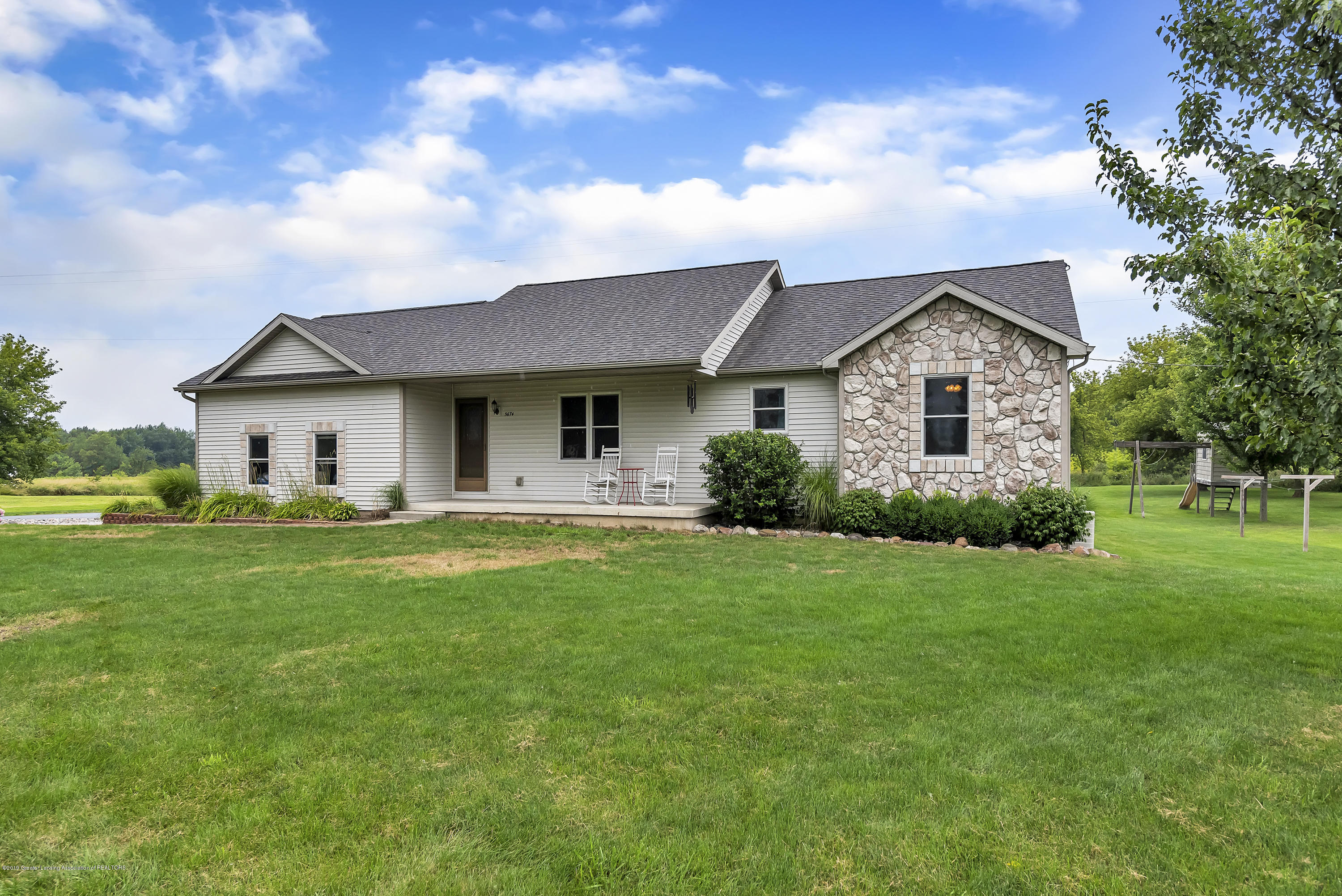 5674 W Barnes Rd - 5674-West-Barnes-Road-Eaton-Michigan-win - 5