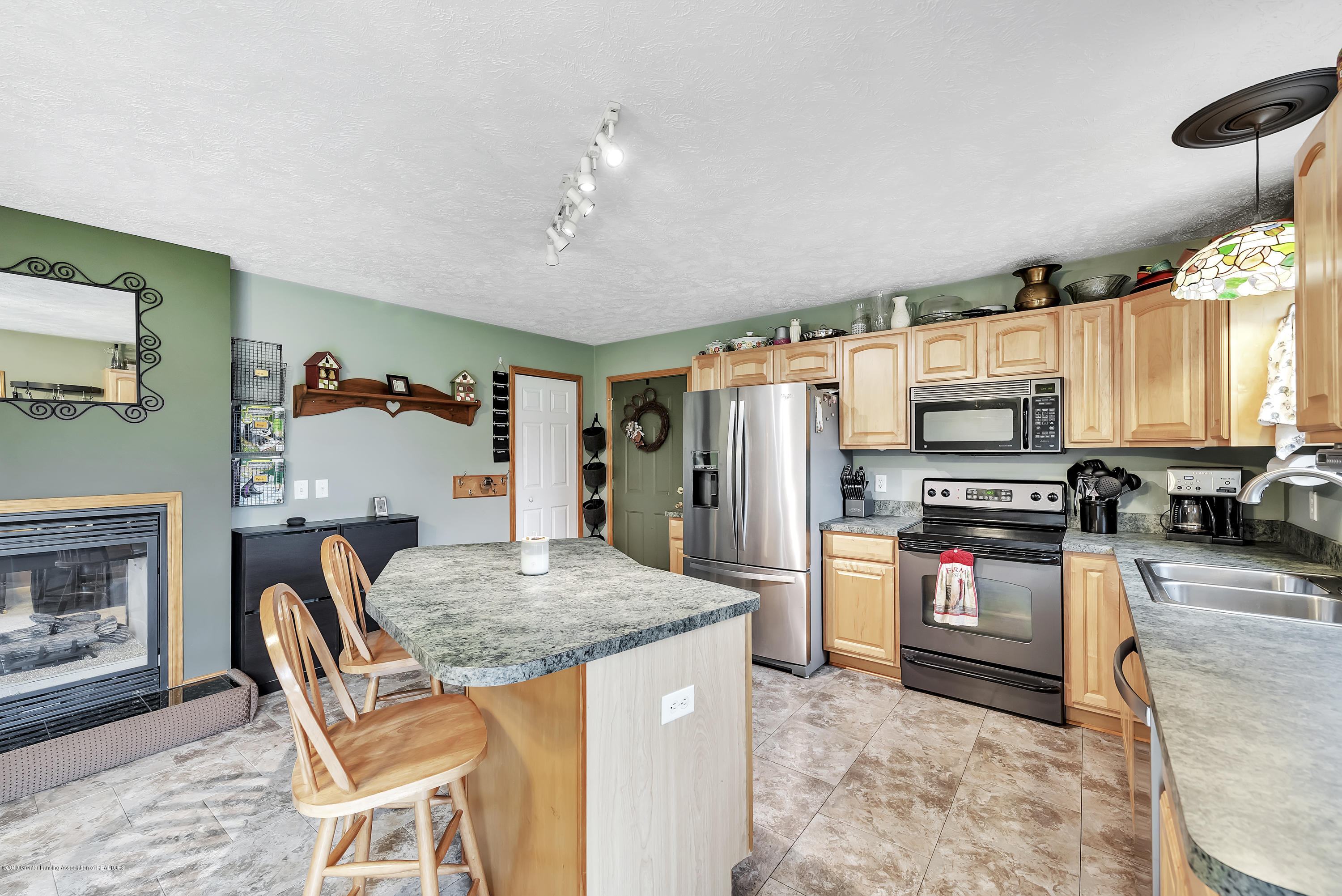 5674 W Barnes Rd - 5674-West-Barnes-Road-Eaton-Michigan-win - 15