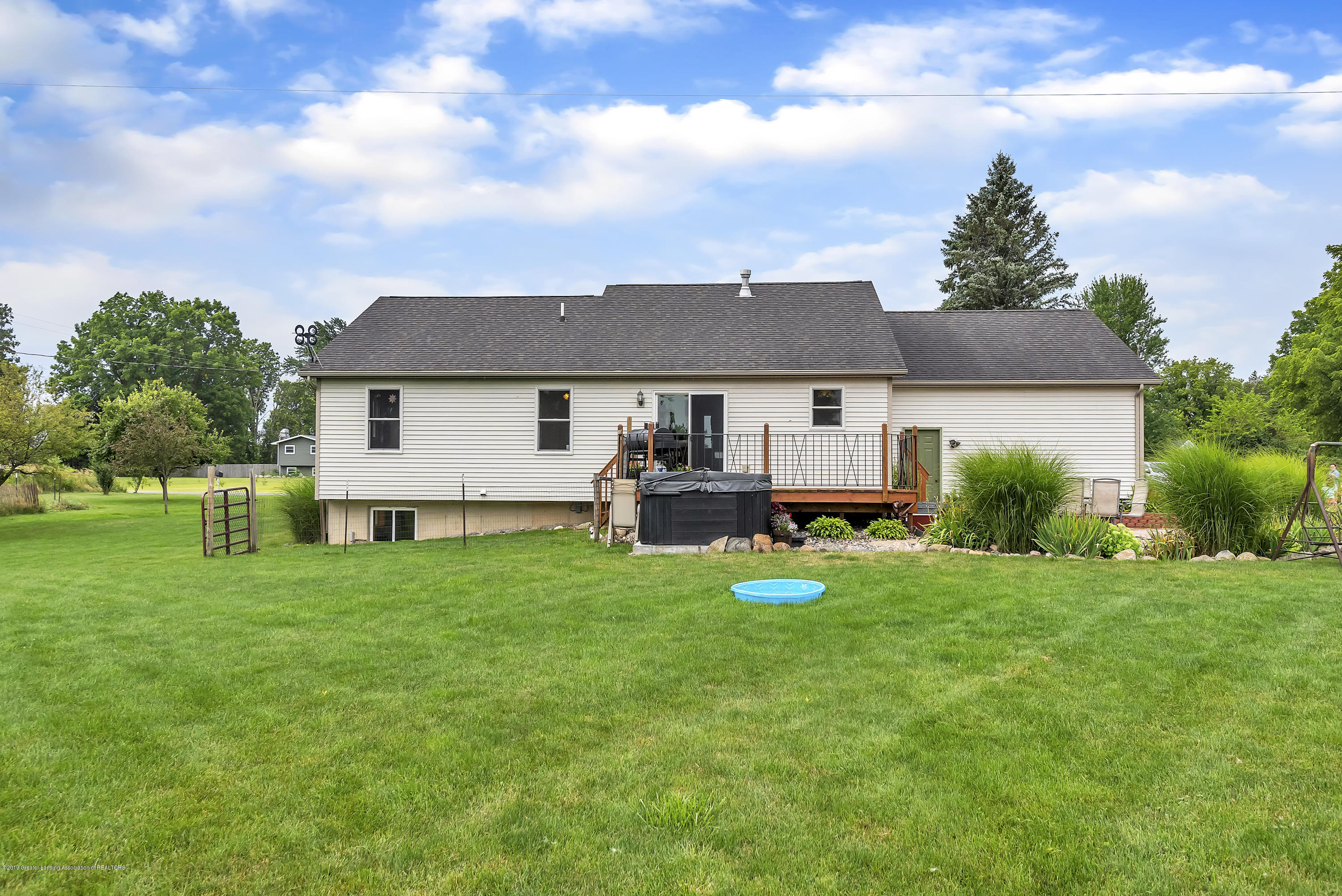 5674 W Barnes Rd - 5674-West-Barnes-Road-Eaton-Michigan-win - 40