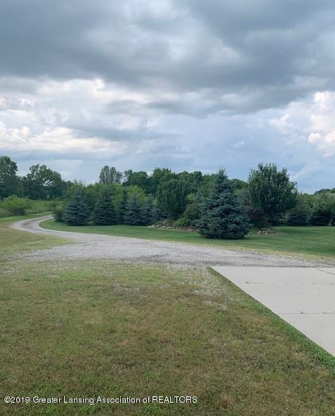 3553 W Maple Rapids Rd - VIEW2 - 2