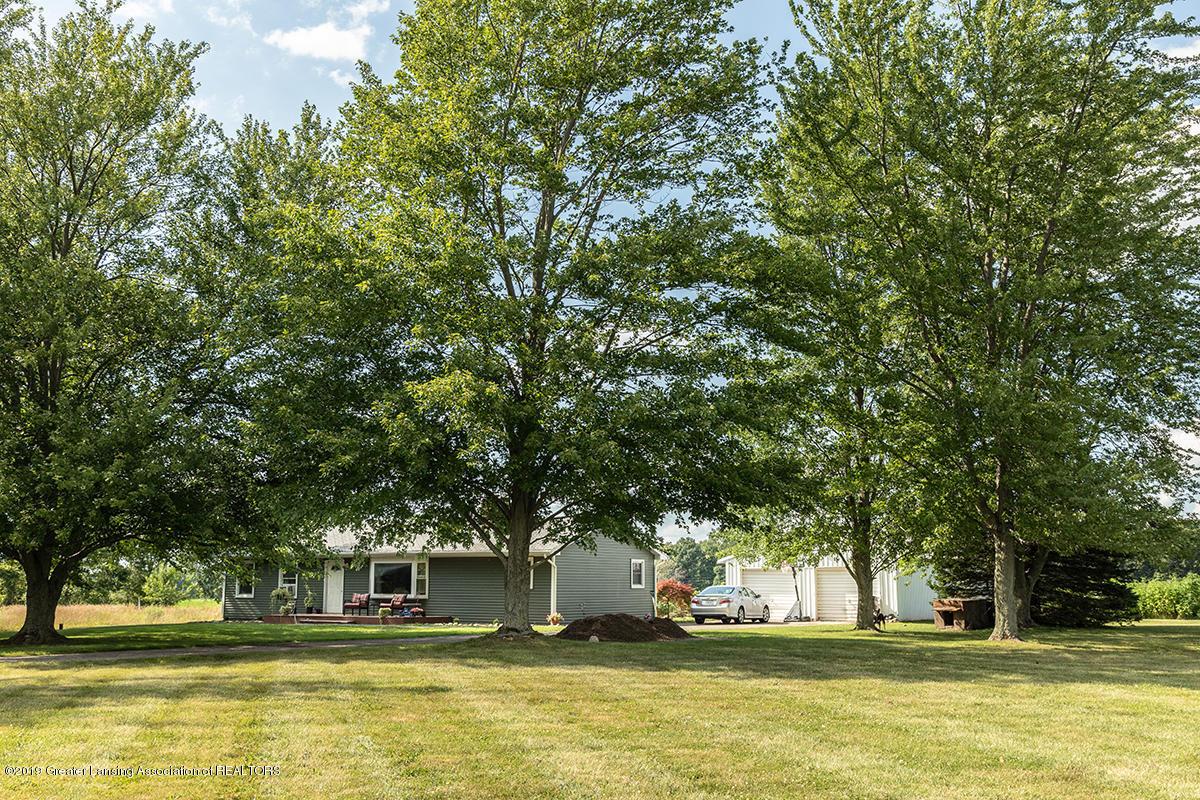 1183 E Vermontville Hwy - C5DM7949 - 3