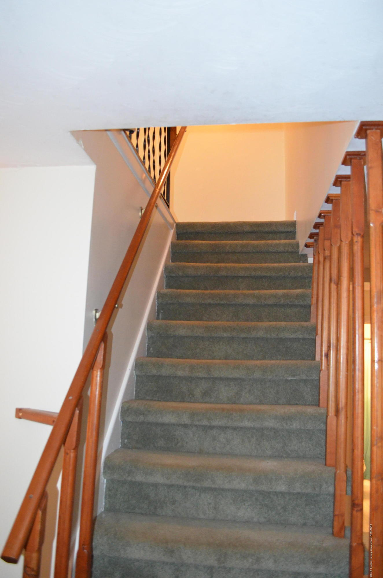 5815 E Mt Hope Hwy - Upstairs - 24