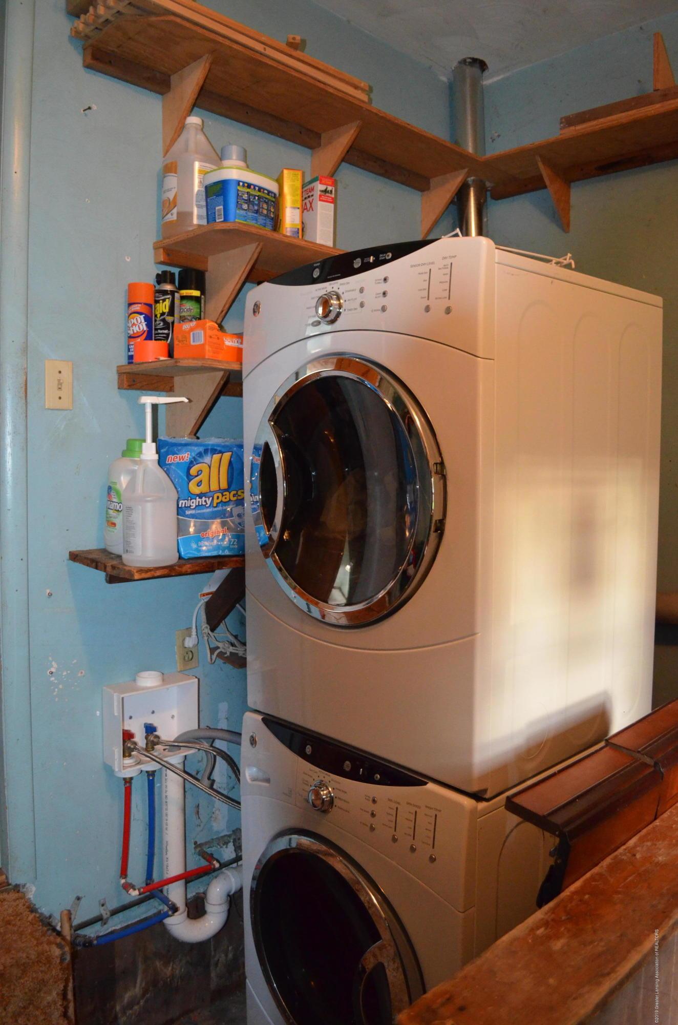 5815 E Mt Hope Hwy - 1st Floor Laundry - 14