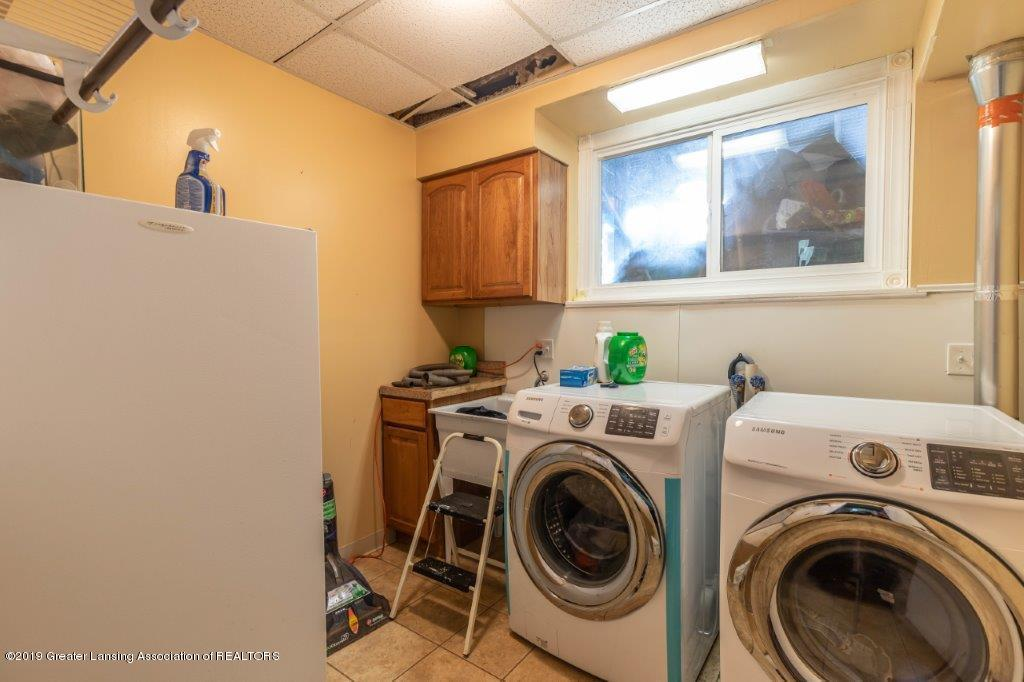1837 Maple St - maplerdholtlaundry - 20