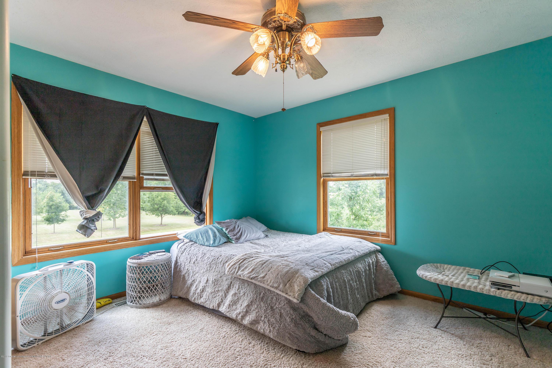 4011 Elk Ridge Dr - Bedroom - 23