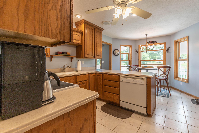 4011 Elk Ridge Dr - Kitchen - 10