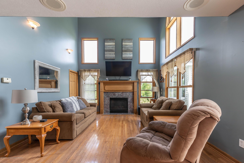 4011 Elk Ridge Dr - Living room - 16