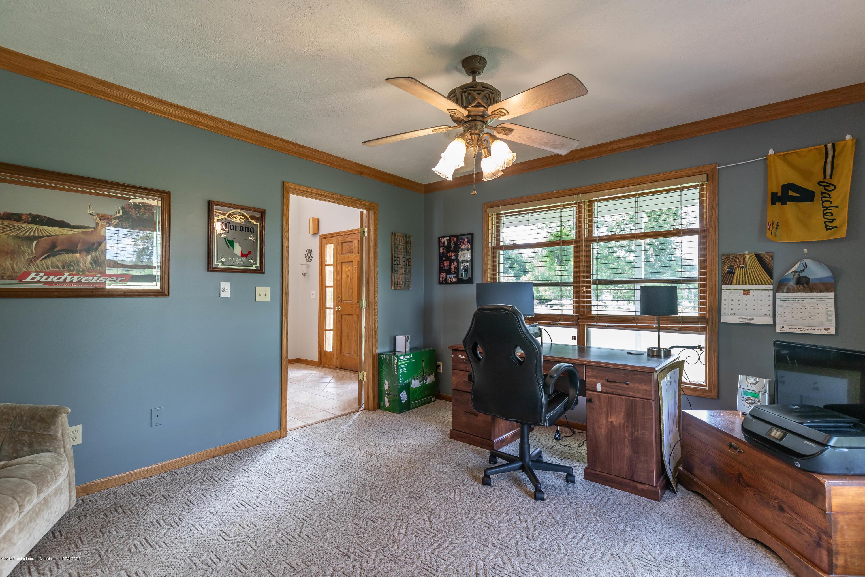 4011 Elk Ridge Dr - 1st floor bedroom - 19