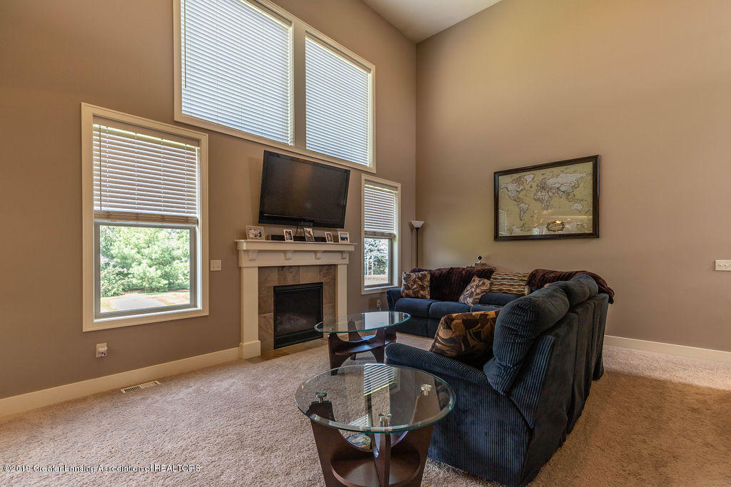 10751 Ireland Dr - irelandliving2(1of1) - 7
