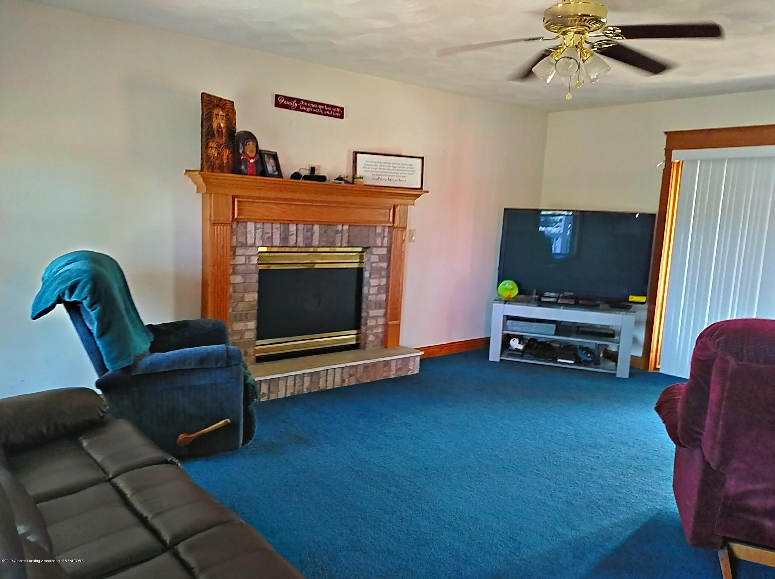 8283 S Forest Hill Rd - Living Room - 9